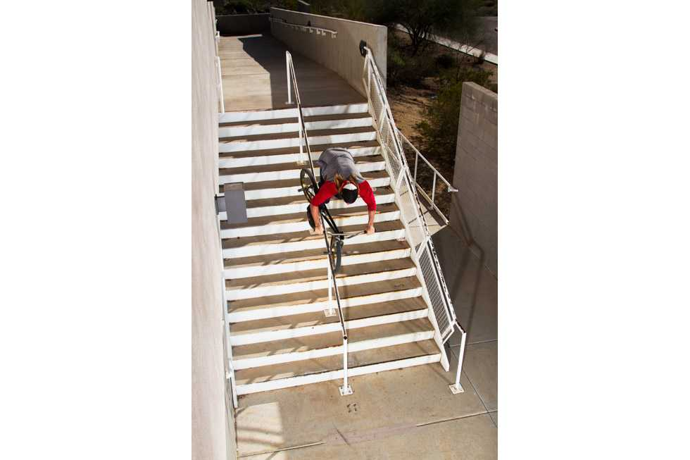 TCU-Young-And-Retarded-Dylan-Stark-Hanger-Rail